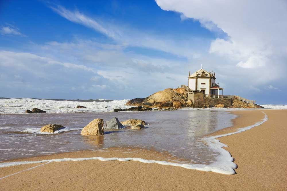 Visitar a praia Miramar