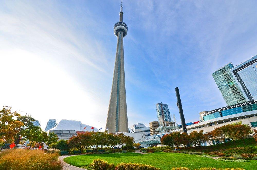Veja a cidade de cima - CN Tower