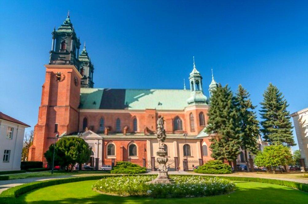 Basílica Archcathedral de São Pedro e São Paulo em Poznań