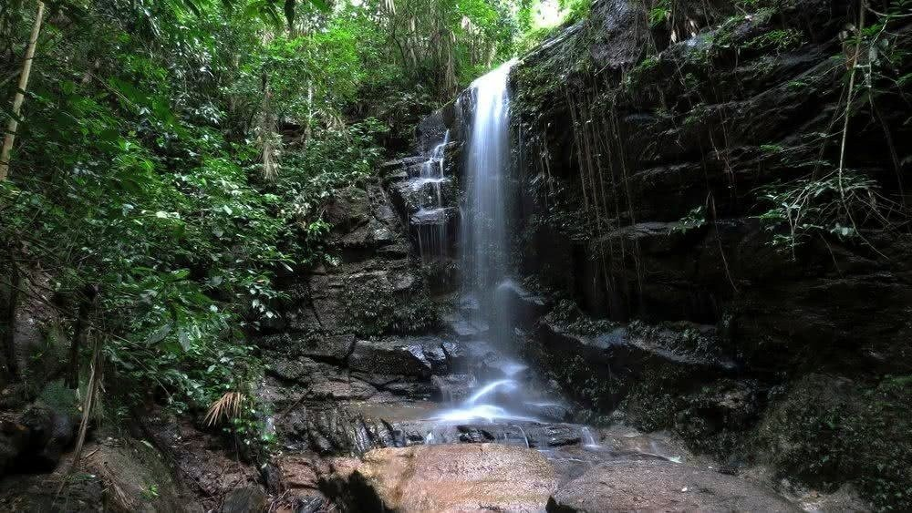 Cachoeira das Almas Waterfall