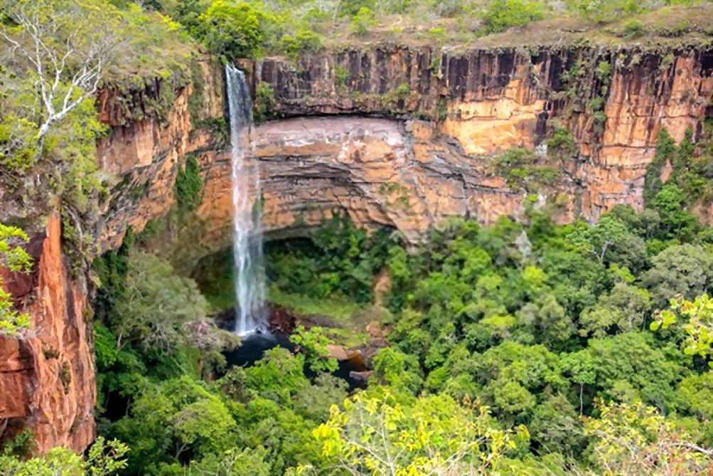 Cachoeira do Veu da Noiva