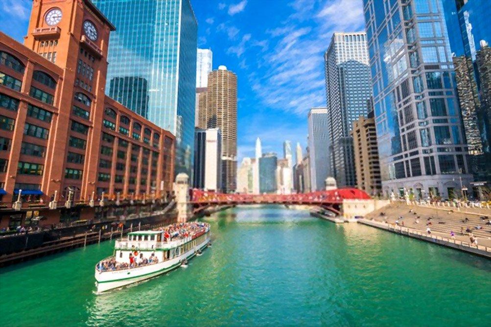 Cruzeiros no Rio e no Lago Chicago